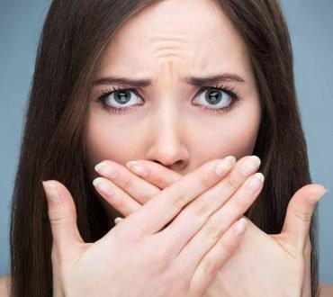 Cum scapi de respiratia urat mirositoare dupa ce ai consumat alcool